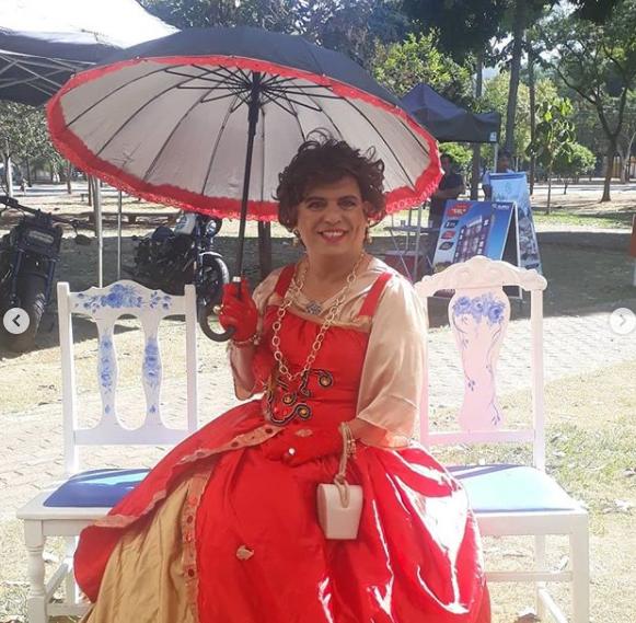 A artista drag queen Condessa Valéria Vaz