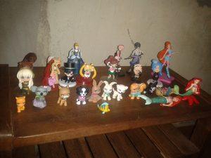 Miniaturas de personagens geeks de Graziela Maria